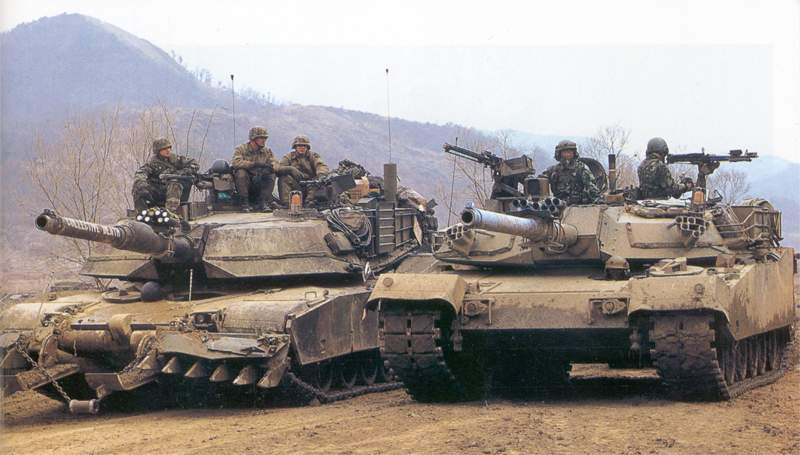 m1a2 and k1a1 train together