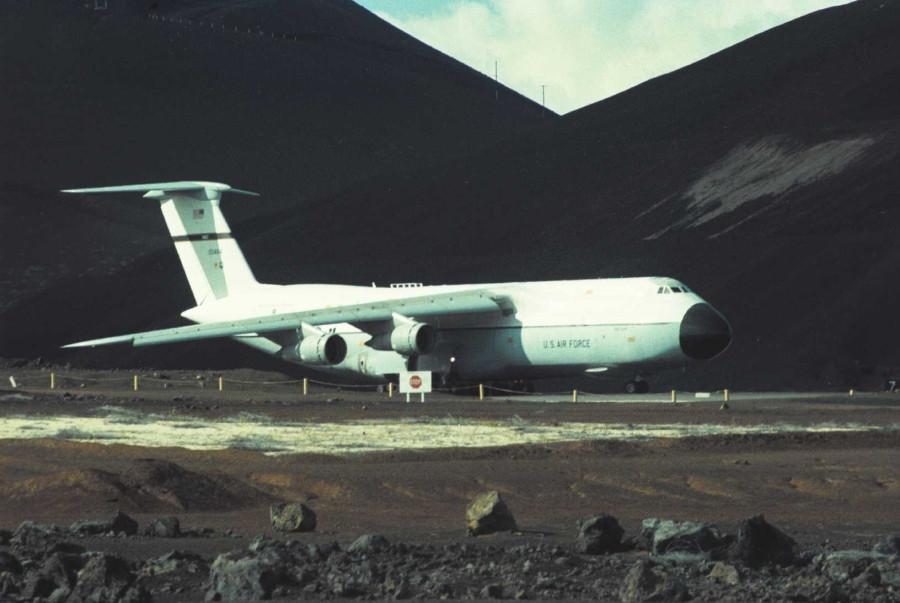 Colour - USAF C-5A (00464) - 02