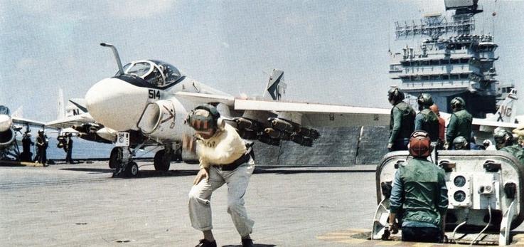 A-6C_VA-165_on_cat_of_USS_America_(CVA-66)_1970