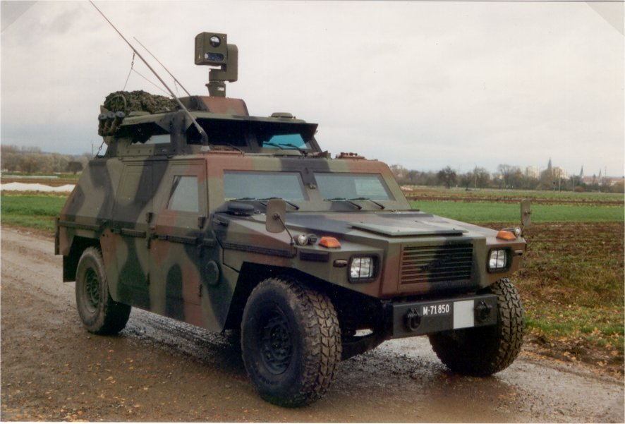 Eagle_Armoured_Vehicle_Artillery_Observation_Swiss_11