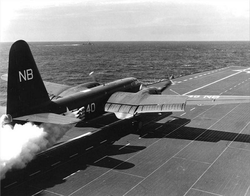 P2V-3C_CVB-41_launch_1949