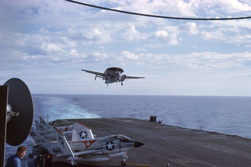 04-flight-deck-recovery-e1b-willy-fudd-wave-off
