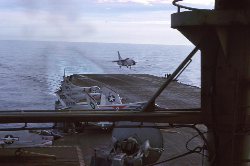 07-flight-deck-recovery-f8e-crusader