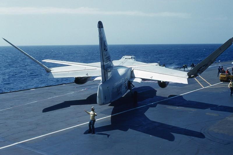 flight-deck-launch03-a3b-skywarrior