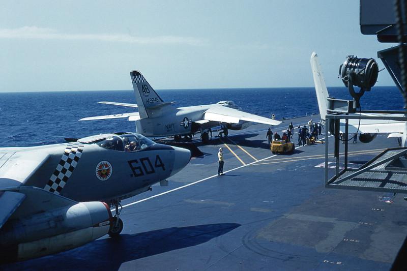 flight-deck-launch04-a3b-skywarrior