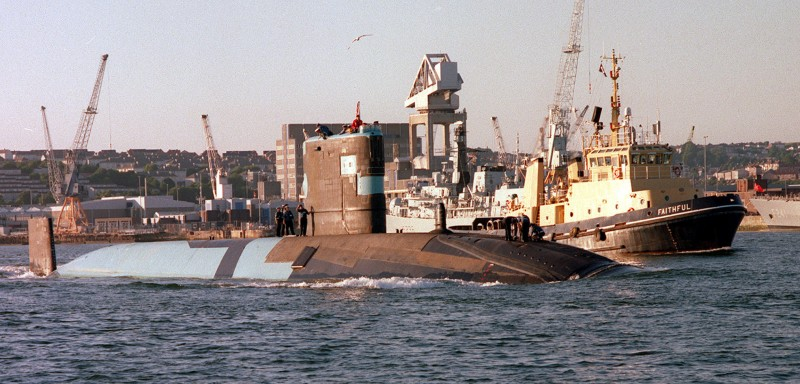 HMS-Trenchant-Paint-Scheme-2000.jpg