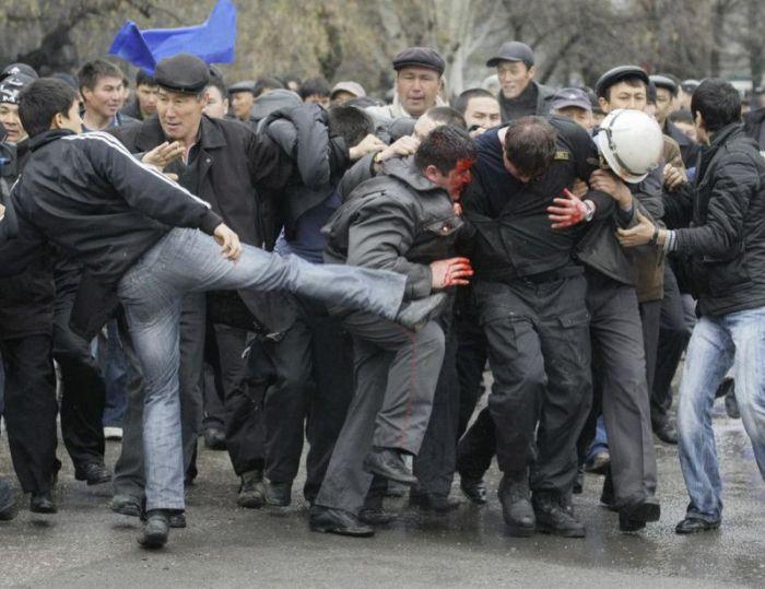 Киргизия - цветы революции