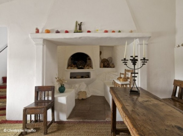 Cheminee-maison-dali_w641h478
