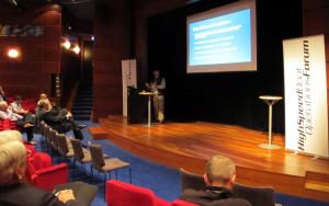 Bob_presenting