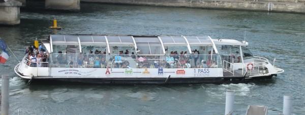 paris_boat
