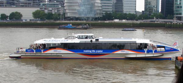 london_boat2