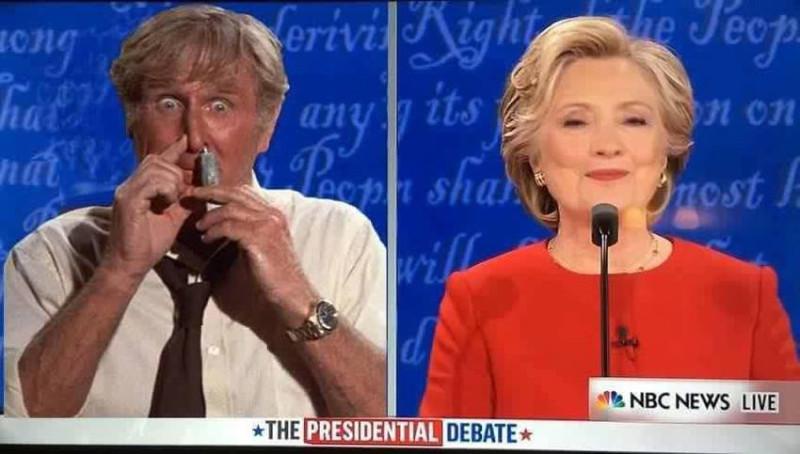 Lloyd_Bridges_glue_Hillary_Clinton_debate_09_27_2016.jpg