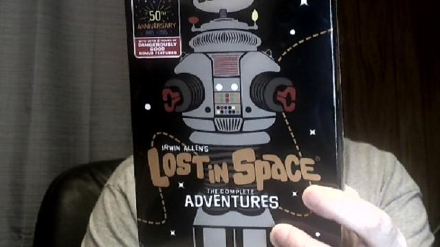 lost_in_space_blu_12_13_1016.jpg