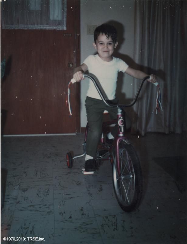 me_bicycle_xmas_12_24_1970_sml.jpg