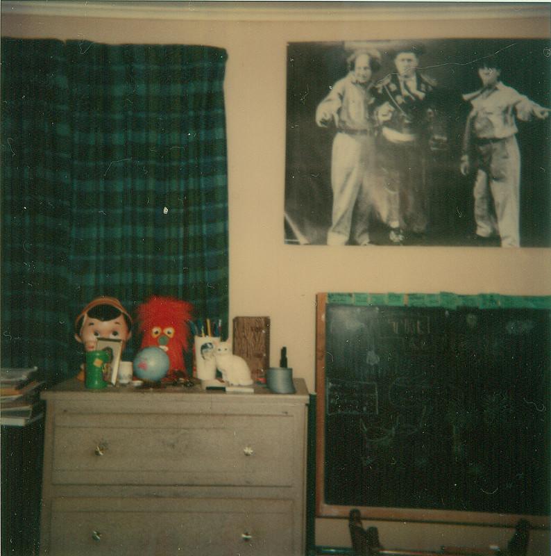 bedroomwall_12_27_77.jpg