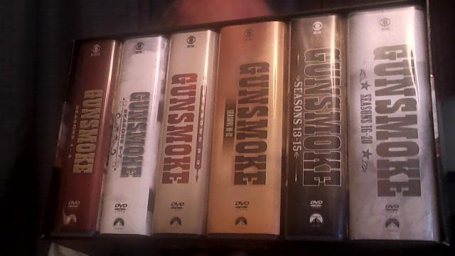 Gunsmoke_complete_series_dvd_05_30_2021.jpg
