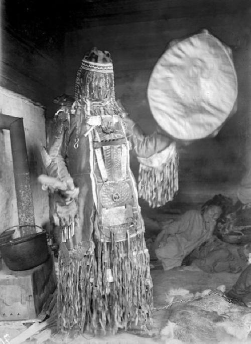 тунгусская шаманка
