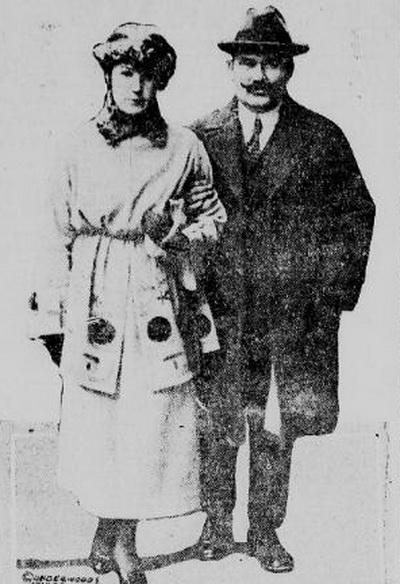 Семенов с женой в США