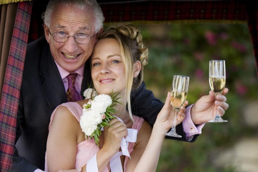 Старик и девушка смешные картинки, имени георгий