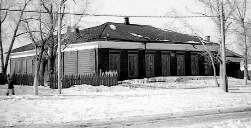 3.3 Здание  детской художественной школы №1 (1971- 1997гг.), ранее начальная школа №3, бывшая Нагорная школа  (ул.Аванесова, 30)