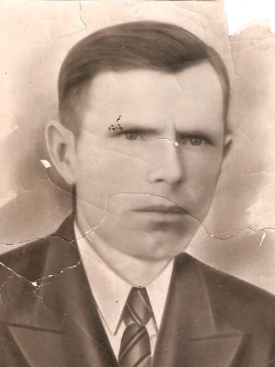 Сухарев Никиор