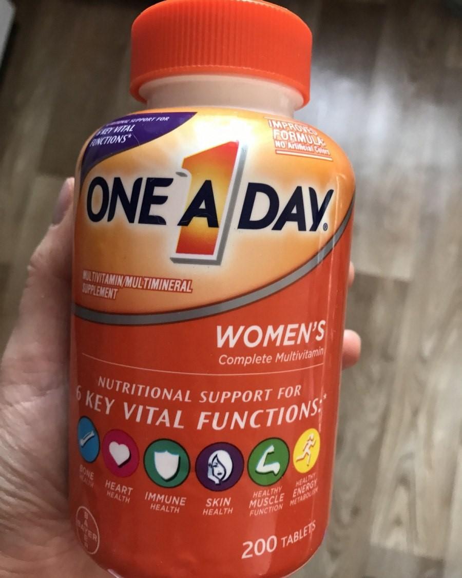 Отзывы One-A-Day Полноценный мультивитаминный комплекс для женщин. Противопоказания, где купить