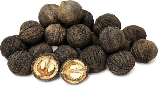 Скорлупа черного ореха