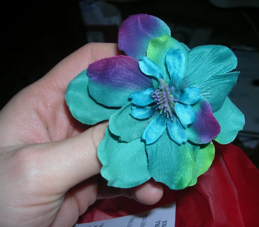 lj - teal flower