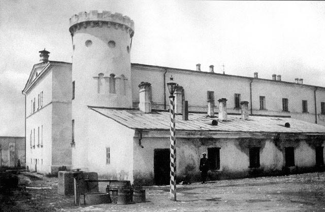 тюремный замок(1)