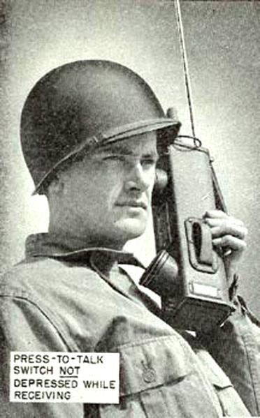 372px-Portable_radio_SCR536 (1)