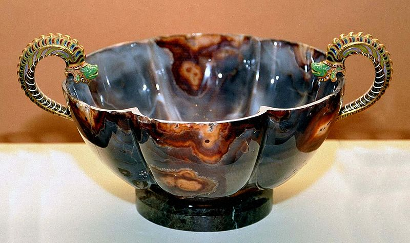 800px-Agate_bowl_(Kremlin_exhibition,_Moscow_2011)_02_by_shakko