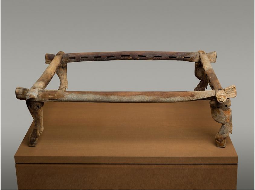Старейшая египетская кровать2