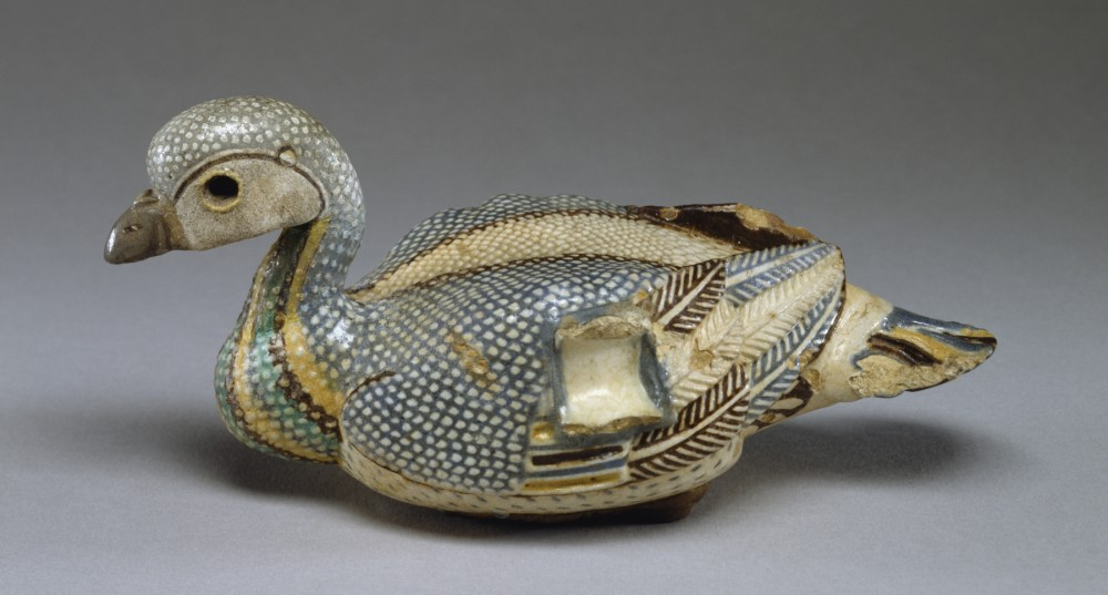 Egyptian_-_Vase_in_the_Shape_of_a_Duck_-_Walters_48421_-_Profile