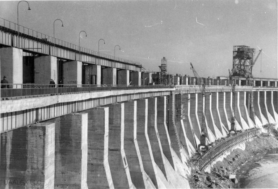 Восстановление ДнепроГЭСа немцами в 1942 году