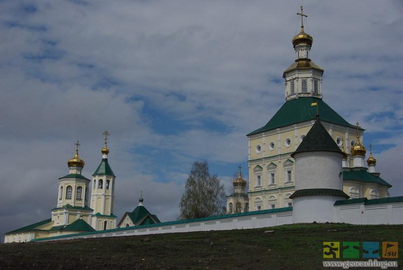 бумбокса красота макаровского монастыря фото подмосковье разыскивают