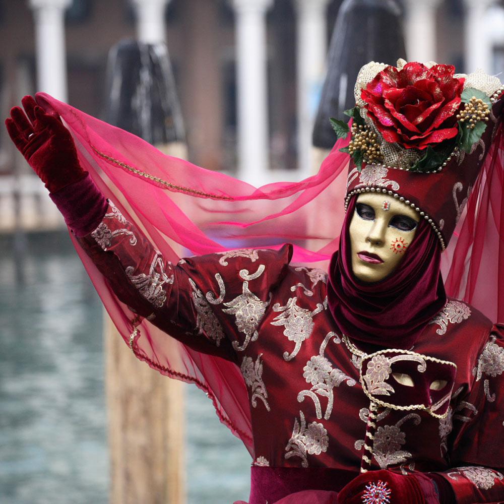 Venetsianskiy-karnaval