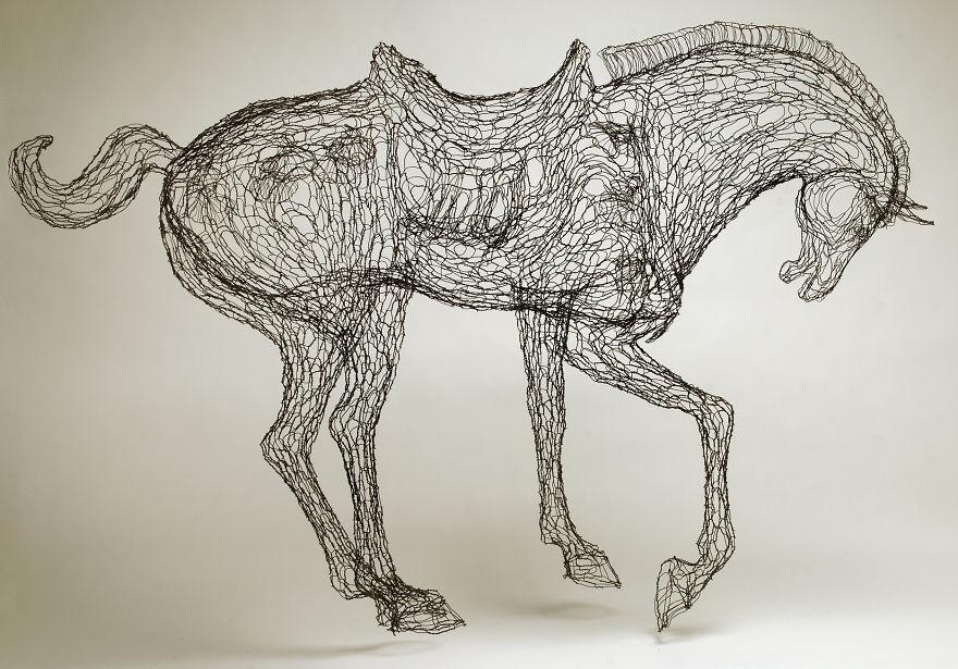 tang_horse_crop_Gold1__880