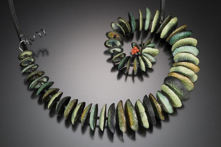 Spiral-Eucalyptus-Neackpiece