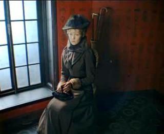 Maria Solomina as Helen Stoner