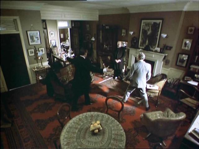 221b sitting-room in the Jeremy Brett's Holmes series