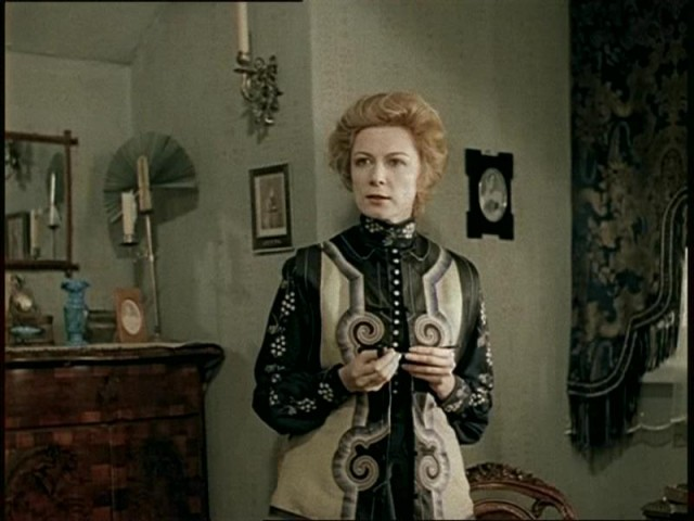 """Alla Demidova as Laura Lyons in film """"Hound of the Baskervilles"""" (USSR, LenFilm studio, 1981)"""