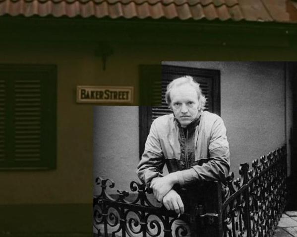 Александр Кайдановский на улице Яуниела - рижской Бейкер-стрит