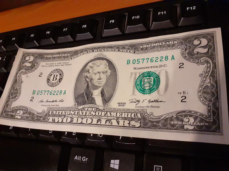 доллар-1