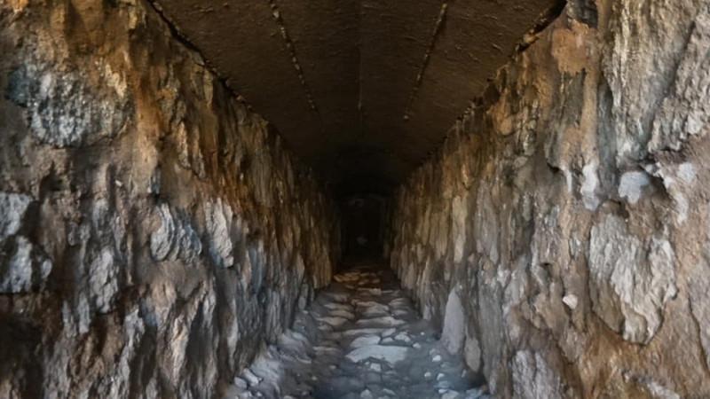 Стало известно, что за тоннель нашли рабочие в центре Владивостока