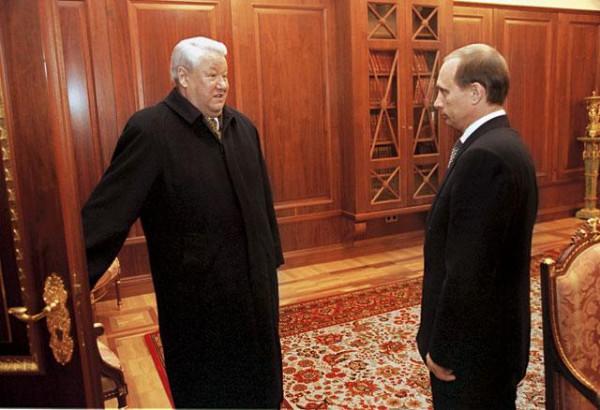 Ельцин и Пу Передача Кремля премнику.jpg