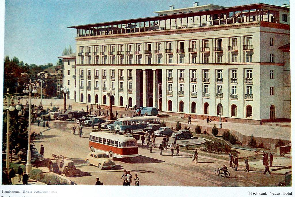 ЗиЛ-158В-05-Ташкентский-автобус