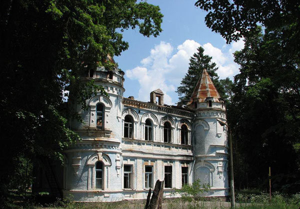 Замок Штамма. Буча Источник: https://kiev.pravda.com.ua/columns/55a8acfa2a94e/