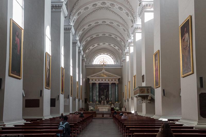 Кафедральны сабор Святога Станіслава. Інтэр'ер.jpg