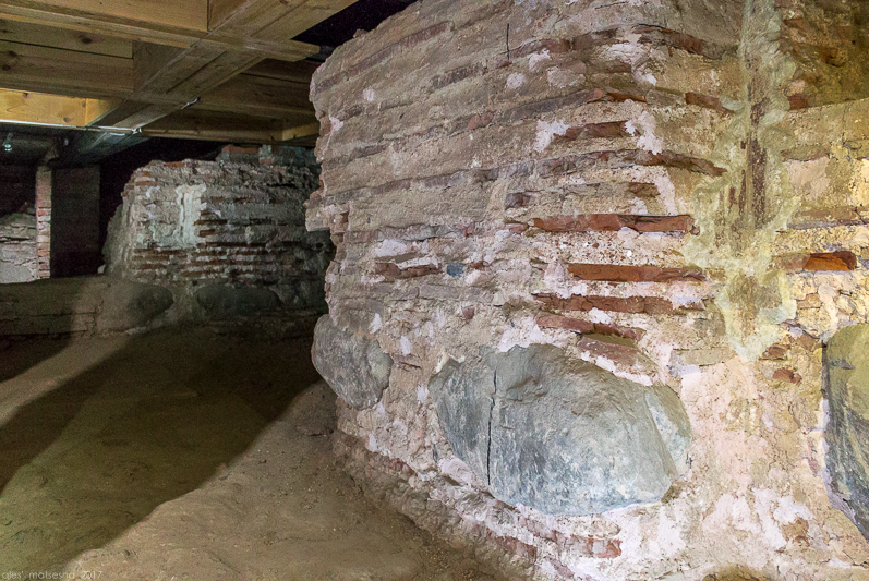 Рэшткі муроў старажытнага Сафійскага сабора.jpg