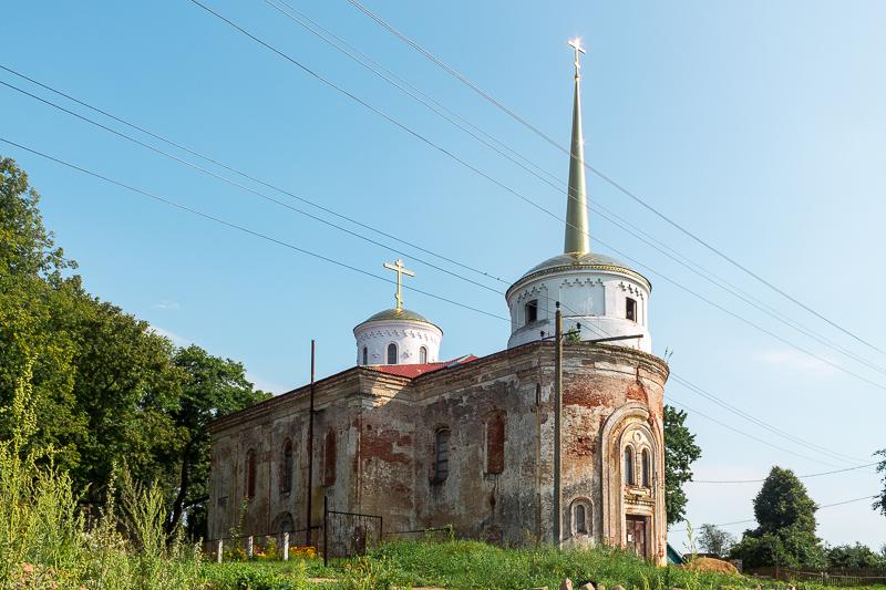 Астроўна Касцёл XVI ст. (Траецкая царква).jpg